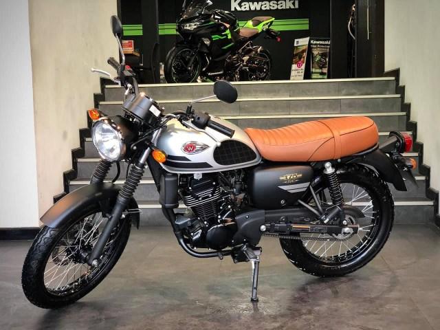 Bảng giá môtô Kawasaki W175 SE mới nhất trong tháng 1/2021