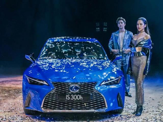 Lexus IS thế hệ mới ra mắt tại Việt Nam, giá bán từ 2,1 tỷ đồng