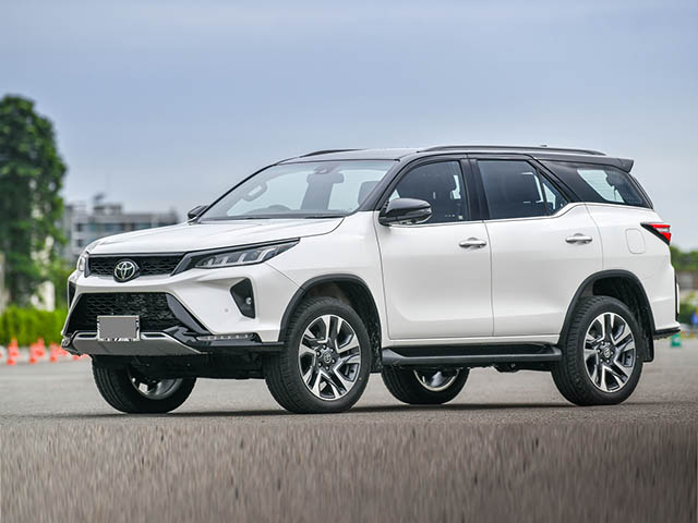 Giá xe Toyota Fortuner lăn bánh tháng 1/2021