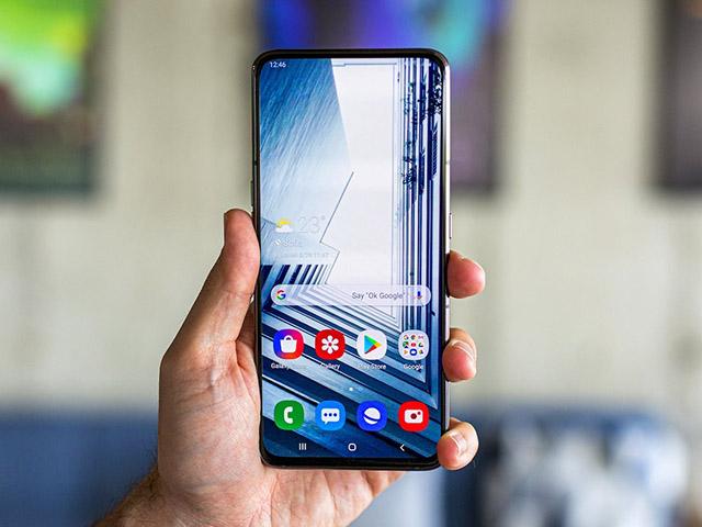 Galaxy A82 lộ diện với camera chụp selfie như chụp thường