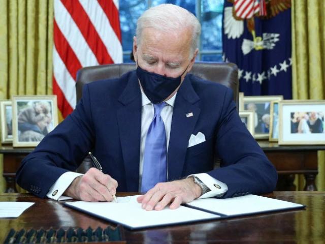 TQ trừng phạt quan chức Mỹ thời ông Trump: Chính quyền ông Biden phản ứng