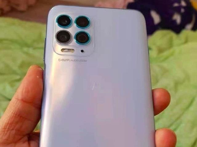 Vén màn siêu phẩm tầm trung sắp ra mắt của Motorola