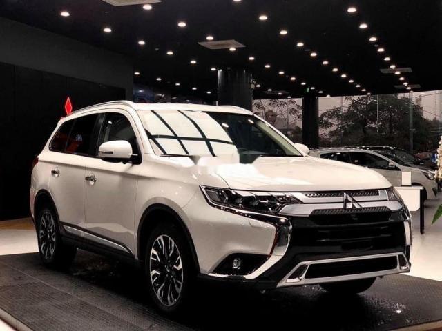 Giá xe Mitsubishi tháng 01/2021: Cập nhật đầy đủ các dòng xe