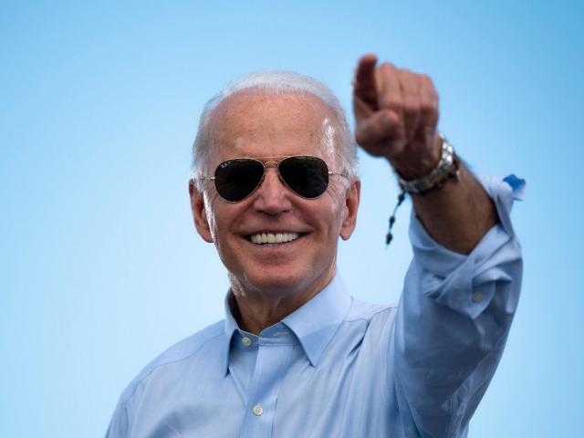 """Mỹ: 69 người trúng số và thành triệu phú sau lễ nhậm chức TT, ông Biden là """"thần tài""""?"""