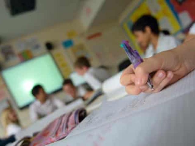 Các trường học tại Anh có khả năng mở cửa trở lại vào đầu tháng 3 khi COVID-19 được kiểm soát