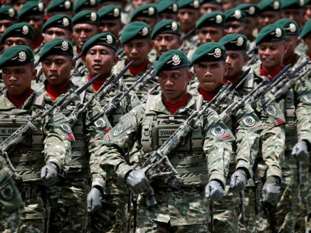 """Quân đội quốc gia Đông Nam Á từ bỏ quyền lực """"một lần và mãi mãi"""""""