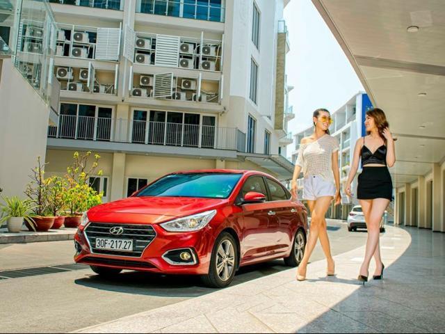 Trên dưới 500 triệu đồng nên mua Nissan Sunny hay Hyundai Accent?