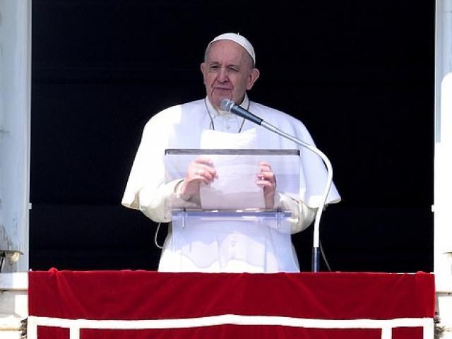 Giáo hoàng cảnh báo nhân loại về trận đại hồng thủy thứ hai
