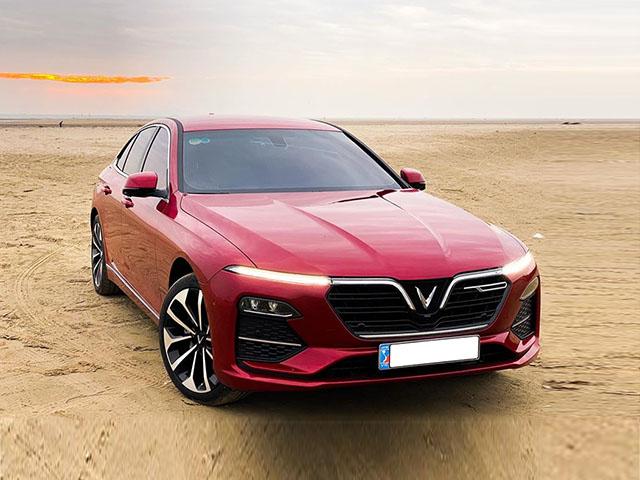Giá xe VinFast Lux A2.0 lăn bánh tháng 3/2021