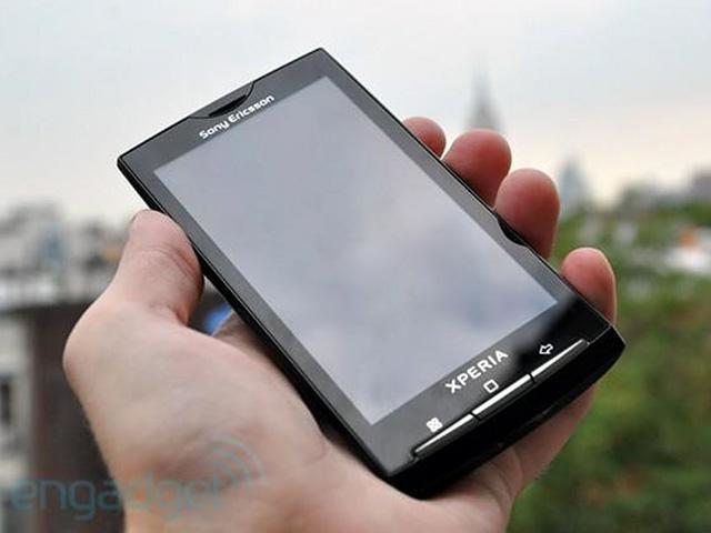 Sony Ericsson Xperia X10 - chiếc điện thoại từng đánh bại iPhone 3GS