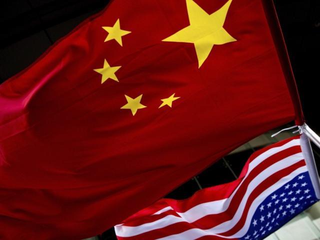 """Cựu tướng Trung Quốc khuyên Bắc Kinh nhắm vào đối thủ """"to lớn nhất"""""""