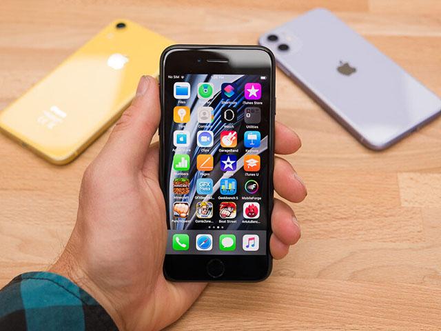 Top smartphone siêu nhỏ gọn phải sở hữu năm nay