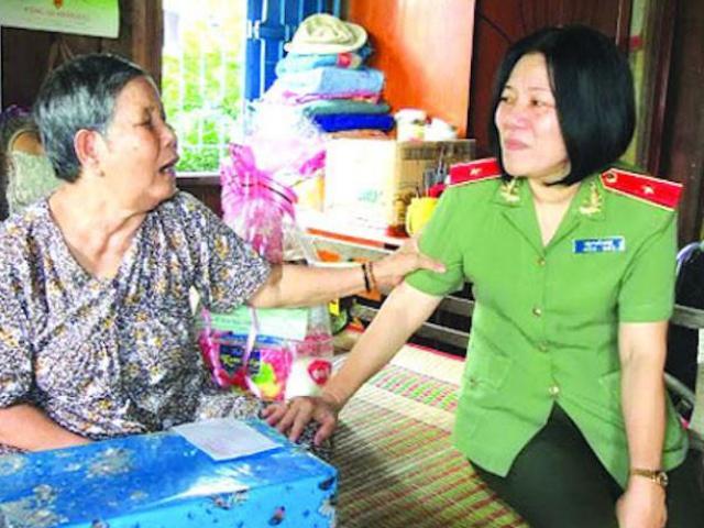 Tin tức 24h qua:Nữ Thiếu tướng Công anBùi Tuyết Minh thôi giữ chức Giám đốc Công an sau 9 năm