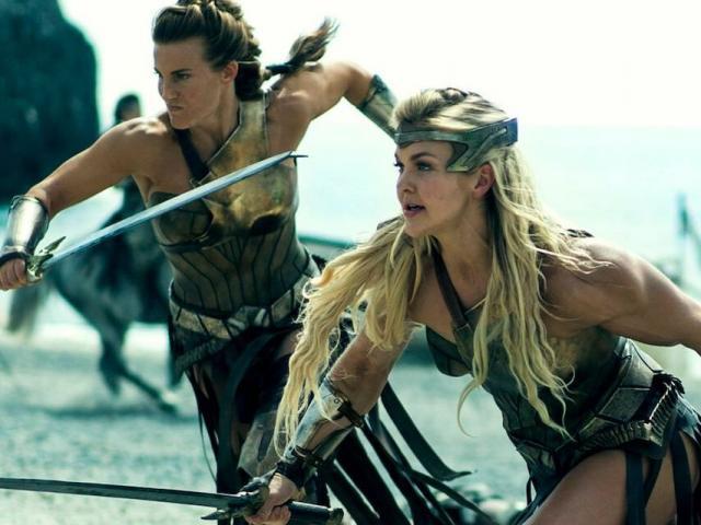 Các nữ chiến binh Amazon huyền thoại cắt 1 bên ngực để ra trận và sự thật bất ngờ