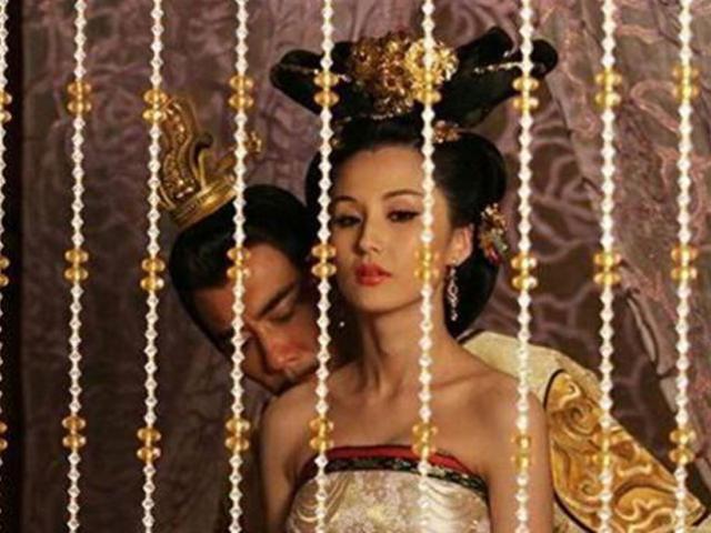 Vị vua Trung Quốc bỏ mạng vì tằng tịu với vợ tể tướng