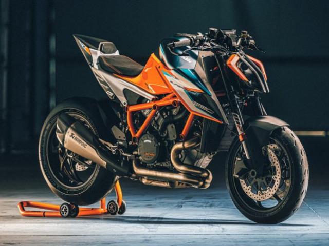 Siêu môtô 2021 KTM 1290 Super Duke RR ra mắt, thân bằng sợi carbon