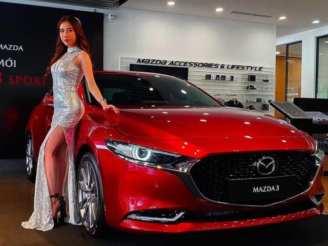 Giá xe Mazda 3 cập nhật mới 2021: Trang bị xứng tầm phân khúc