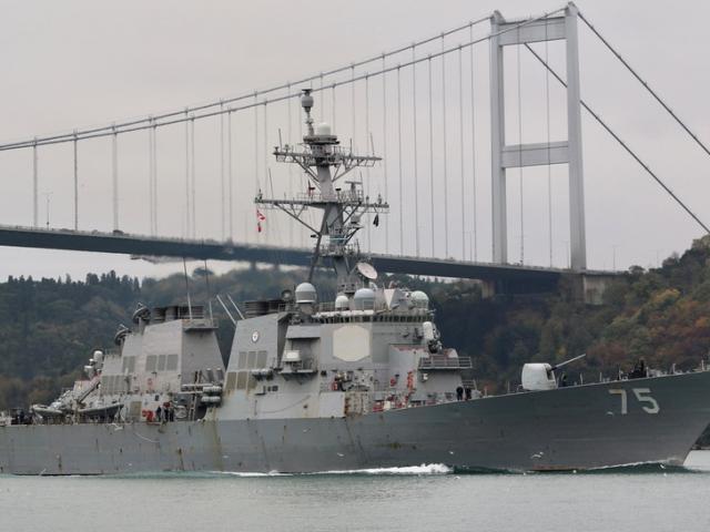 Lộ diện hai tàu chiến Mỹ đến răn đe Nga ở Biển Đen