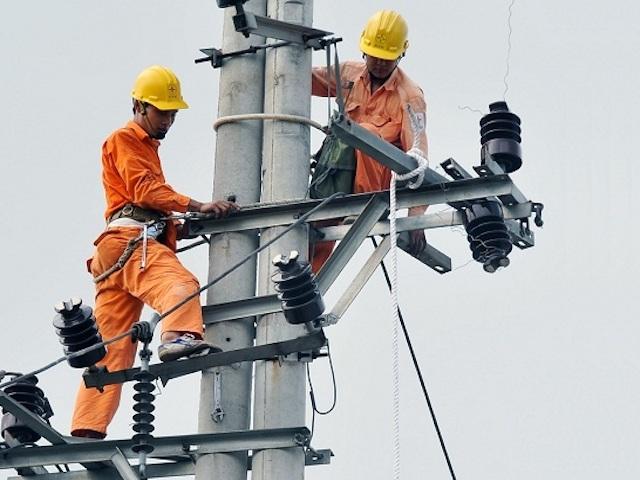 Những khuyến cáo của điện lực để tránh tiền điện tăng cao