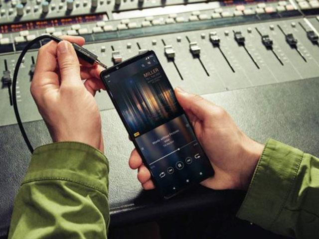 Cận cảnh hình ảnh Sony Xperia 1 III và Xperia 5 III đầy giá trị