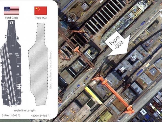 """Ảnh vệ tinh """"soi"""" rõ tàu sân bay TQ đóng mới, bất ngờ về kích thước"""