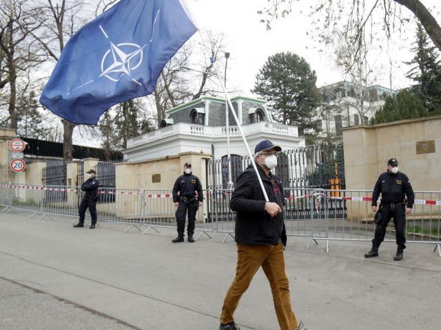 Nga đáp trả, trục xuất 20 nhà ngoại giao CH Czech