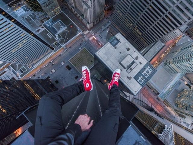 Vì sao có những ngườicảm thấycực kỳ sợ độ cao?