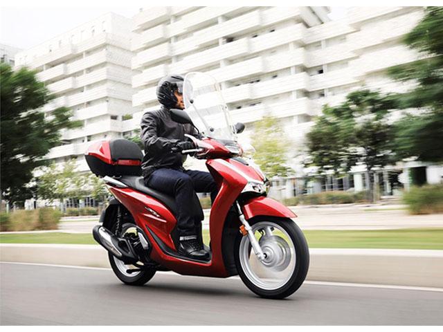 """Giá Honda SH đang """"lao dốc"""" từ đầu năm 2021"""