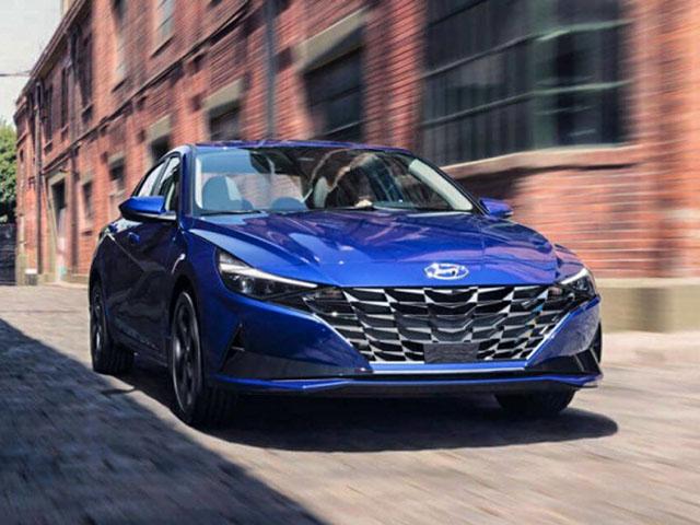 Hyundai Elantra ra mắt tại Malaysia, có giá 787 triệu đồng và lược bỏ trang bị
