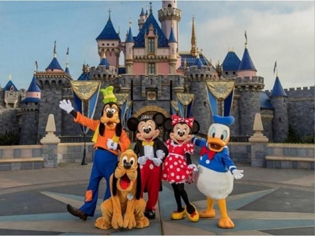 10 bí mật về những điểm tham quan nổi tiếng nhất của Disneyland
