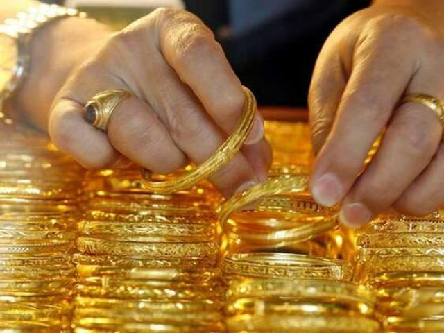"""Giá vàng hôm nay 16/5: Đột nhiên tăng vọt lên đỉnh, dự báo """"sốc"""" tuần tới"""