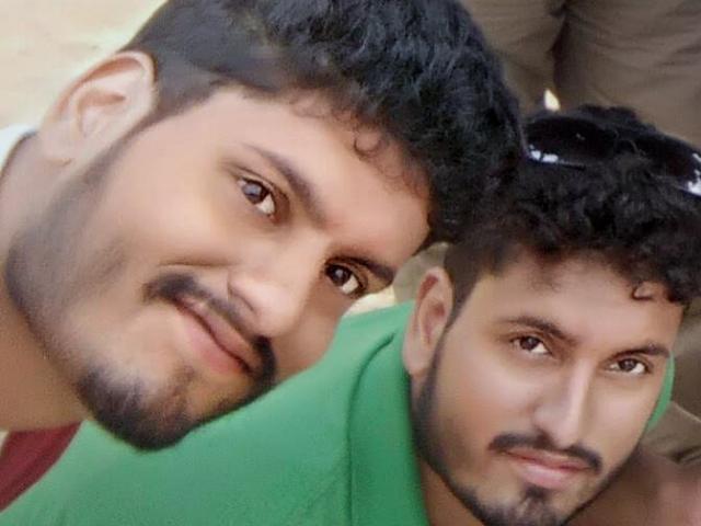 Ấn Độ: Cặp song sinh cả đời sống cùng nhau, qua đời cùng nhau vì Covid-19