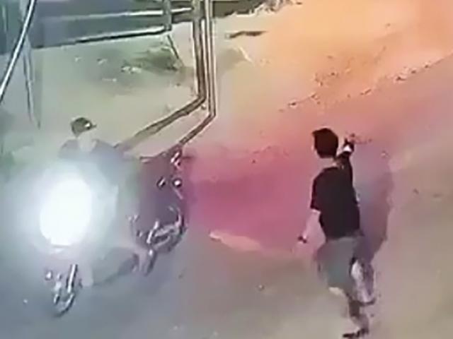 Sau tiếng súng nổ trong cuộc hỗn chiến, nam thanh niên 17 tuổi gục ngã