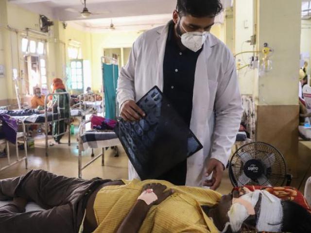 Sự nguy hiểm của dịch bệnh mới khiến nhiều người đã khỏi Covid-19 ở Ấn Độ tử vong
