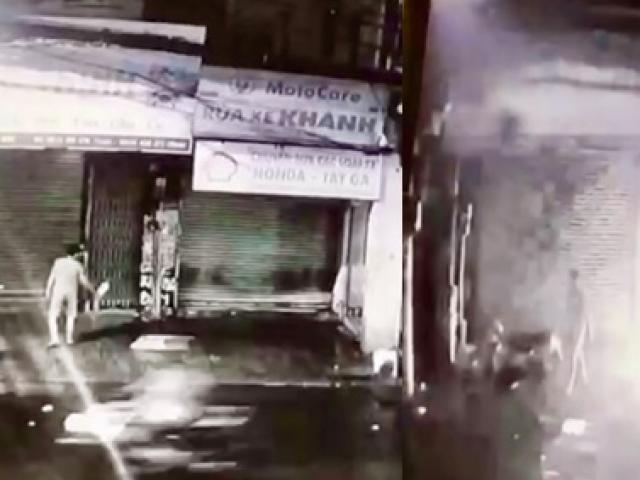 """""""Mắt thần"""" ghi lại hình ảnh kẻ phóng hỏa đốt nhà dân ở Sài Gòn"""