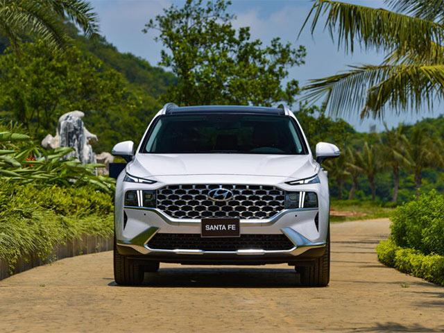 Hyundai SantaFe 2021 chính thức ra mắt tại Việt Nam, giá từ 1030 triệu đồng