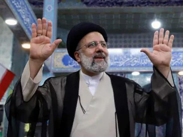 Nhân vật bị Mỹ trừng phạt dẫn đầu cuộc bầu cử tổng thống Iran