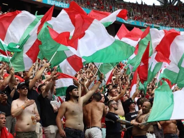 EURO 2020: Vì sao dám để hơn 6 vạn CĐV không khẩu trang ngồi kín sân trận Pháp-Hungary?
