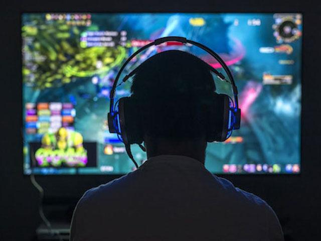 Hơn 50% game thủ dành gần 3 giờ/ngày cho eSport trong đại dịch COVID-19