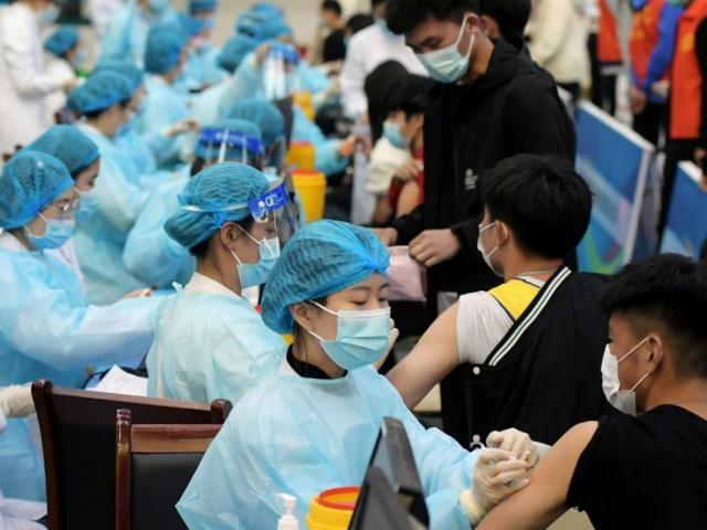 TQ tiêm hơn 1 tỷ liều vắc-xin, đã đạt miễn dịch cộng đồng hay chưa?