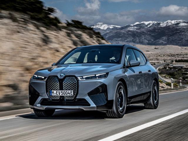 Ô tô điện BMW iX mở bán chính hãng, giá cao hơn 4 tỷ đồng