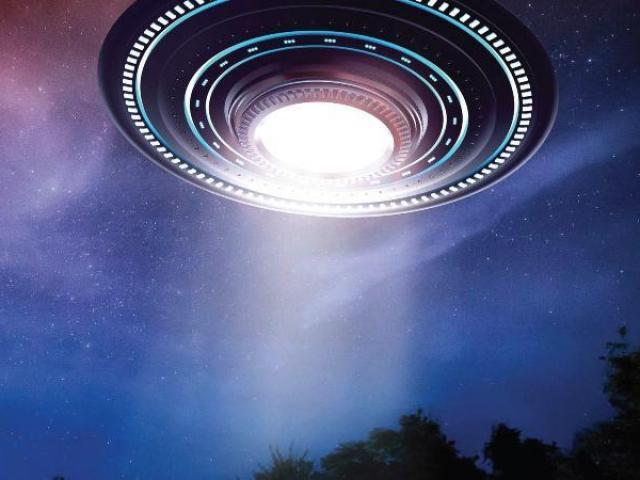 Mỹ công bố thông tin hơn 140 lần chạm trán UFO, không loại trừ người ngoài hành tinh