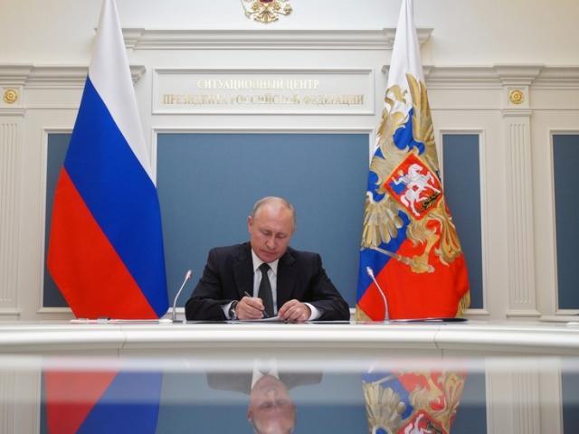 Người Nga mở đường để ông Putin tiếp tục làm Tổng thống đến năm 84 tuổi