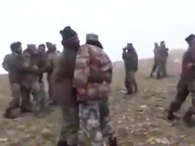 Nước dâng cao ở vùng tranh chấp biên giới Ấn Độ, binh sĩ Trung Quốc gặp nguy