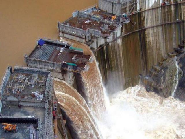 """Siêu đập Đại Phục Hưng: Vì sao Ai Cập """"sống chết"""" giữ nước sông Nile?"""