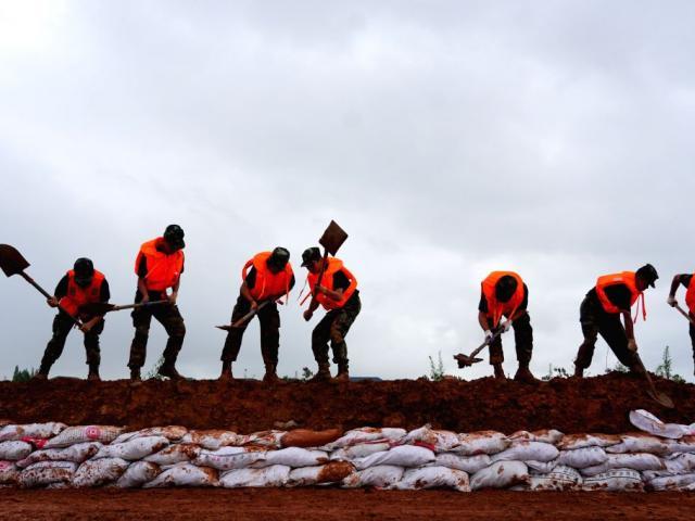 TQ: Cận cảnh cuộc sống của người dân ở nơi xảy ra vỡ đê trên sông Dương Tử