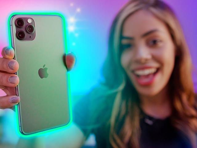 Bộ ba iPhone 12 khiến tất cả ngất ngây với video đọ sắc iPhone cũ