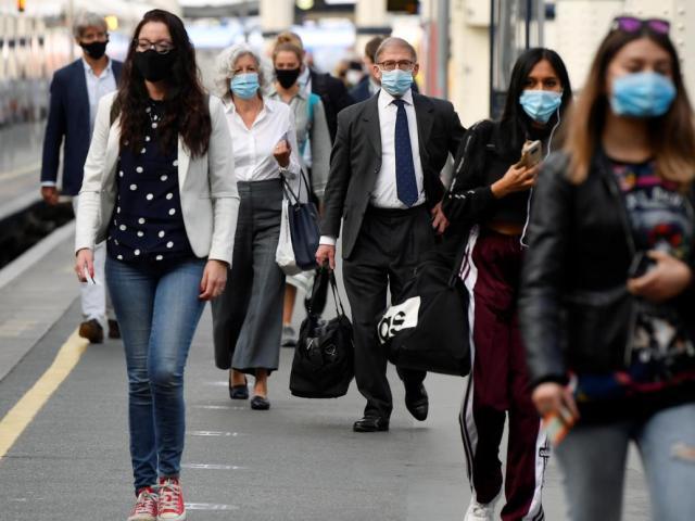 WHO báo động: 1 triệu ca nhiễm Covid-19 chỉ trong 5 ngày