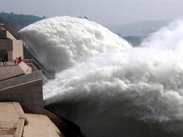 """Chuyên gia TQ giải thích vì sao đập Tam Hiệp """"vô dụng"""" trước lũ lớn"""