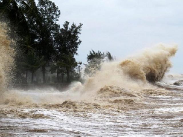 Bão số 2 khiến 2 người chết, mưa lớn diện rộng khắp miền Bắc